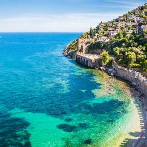Türkei: 7 Tage Antalya im 3* Hotel mit Halbpension, Flug und Transfer für 338€