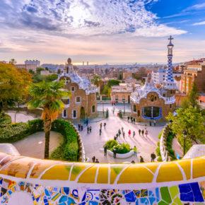 Barcelona: 3 Tage Städtetrip im zentralen 3* Hotel & Flug nur 97€