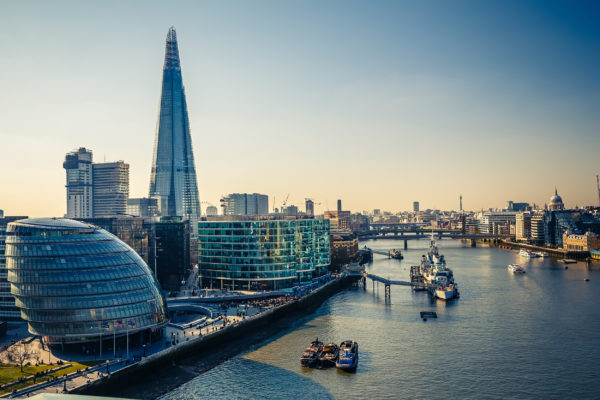 England London Themse Futuristik