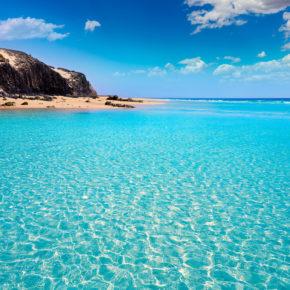 Im Winter ins Warme: 7 Tage Fuerteventura im 3* Hotel mit All Inclusive, Flug & Transfer nur 392€
