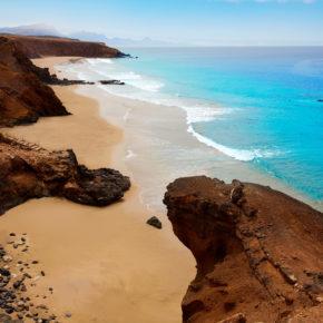 Kanaren: 7 Tage auf Fuerteventura in 4* All Inclusive Villa & Flug um 336€
