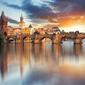 Winter-Wochenende in Prag: Zentrales TOP 4* Hotel inkl. Frühstück für 16€