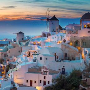 Frühbucher: 8 Tage Santorini im 3* Hotel mit Frühstück & Flug für 234€
