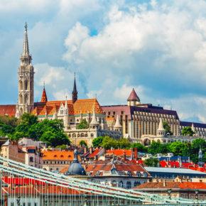 Budapest Städtereise Gutschein: 3 Tage im TOP 4* Radisson Hotel mit Frühstück nur 49,99€