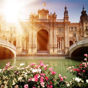 Langes Wochenende in Sevilla: 4 Tage mit zentraler Unterkunft & Flug nur 97€