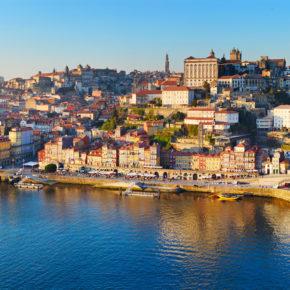 Wochenende: 4 Tage Porto mit zentraler Unterkunft & Flug nur 75€