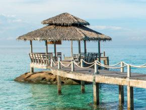 Silvester am Strand in Thailand: 14 Tage Phuket im 4* Hotel & Flug mit Gepäck für 505€