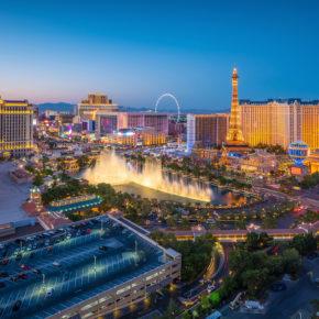 Vegas Baby: 8 Tage im guten 3.5* Stratosphere Hotel mit Flug nur 348€