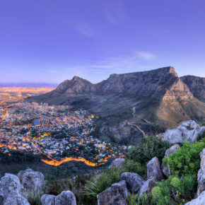 Frühbucher-Südafrika: Hin- & Rückflüge direkt nach Kapstadt für 502€