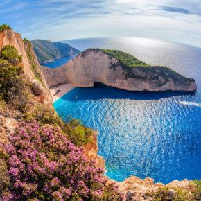 Im Frühling 2021 nach Zakynthos: 8 Tage mit eigenem Studio am Strand, Frühstück, Meerblick & Flug nur 109€