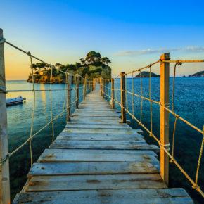Griechenland: 8 Tage auf Zakynthos im guten Hotel in Strandnähe inkl. Flug um 158€