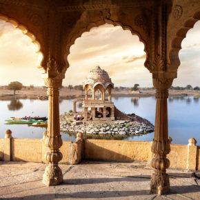 Magisches Indien: Direkte Hin- und Rückflüge nach Neu-Delhi inkl. Gepäck nur 351€
