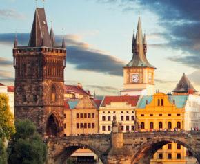 Prag Wochenendtrip: 2 Tage in guter Unterkunft mit Pool & Sauna nur 8€