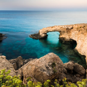 Mittelmeer: 8 Tage auf Zypern mit Apartment & Flug nur 97€