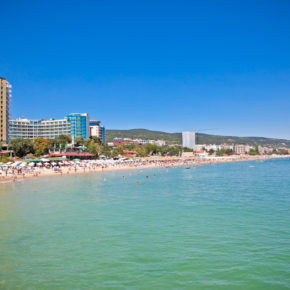 Frühbucher: 7 Tage All Inclusive Bulgarien im 4.5* Hotel mit Flug & Transfer nur 290€