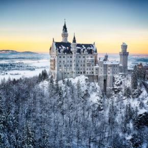 Schloss Neuschwanstein im Winter: 3 Tage im 4* Hotel mit Frühstück & Dinner ab 199€