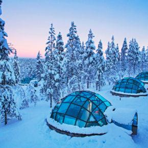 Winter Abenteuer am Wochenende: 2 Tage Finnland im spektakulären Glas-Iglu im 4* Resort um 166€
