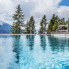 Skiurlaub in Tirol: 2 Tage Wellness & Rooftop-Spa im TOP Hotel mit Frühstück & Infinity-Pool ab 99€