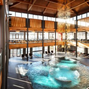 Hotel & Asia Spa Pool