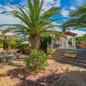 Spanien Muro Finca Garten