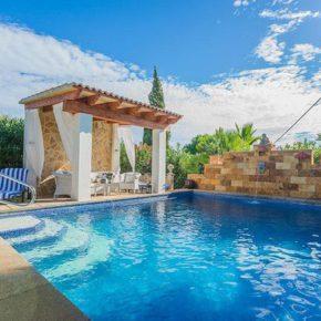 Mallorca 2021: 8 Tage in eigener Finca mit Pool um 124€