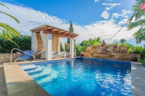 Spanien Muro Finca Pool