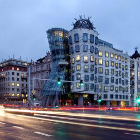 Dancing House: 2 Tage im TOP 4* Hotel im Tanzenden Haus in Prag inkl. Frühstück nur 49€