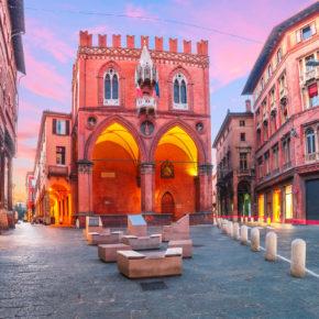 Kurztrip nach Italien: 4 Tage Bologna im 3* Spa-Hotel mit Flug nur 77€