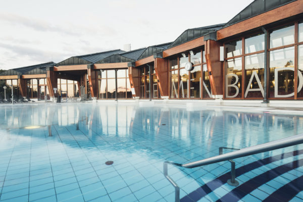 Thermalhotel Leitner Pool Außen