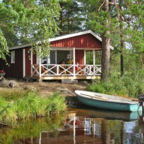 Ruhepol: 6 Tage auf eigener Insel in Schweden mit Ferienhaus & Boot ab 96€ p.P.
