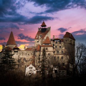 Dracula besuchen: 8 Tage über Halloween in Transsilvanien mit Flug & Mietwagen nur 59€