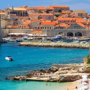 Neueröffnung Kroatien: 4 Tage Wochenende im 4* Hotel mit Meerblick, Frühstück & Extras ab 135€