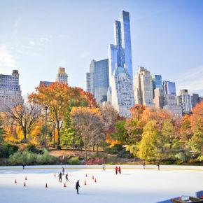 New York City zur Weihnachtszeit: 8 Tage im zentralen Hotel mit Frühstück & Flug für 578€