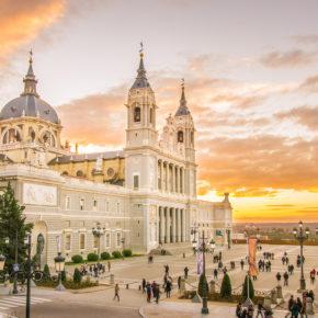 Super günstig nach Spanien: Madrid-Flüge ab 8€