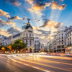 Langes Wochenende in Madrid: 3 Tage Städtetrip im zentralen TOP 3* Hotel inkl. Flug um 105€