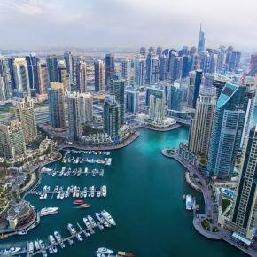 Traum-Urlaub Dubai: 7 Tage Luxus im TOP 5* Hotel inkl. Frühstück, Flug, Transfer & Zug um 605€