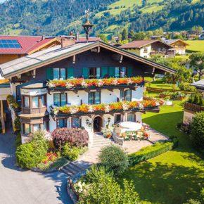 Wellness im Salzburger Land: 3 Tage im 4* Appartement mit Frühstück & Thermeneintritt um 89€
