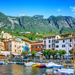 NUR HEUTE: 2 Tage Gardasee im 3* Superior Hotel mit Frühstück, Weinverkostung & Wellness ab 26€