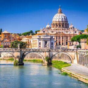 Italien Kurztrip: 3 Tage Rom im guten & zentralen 3* Hotel mit Frühstück & Flug ab 99€