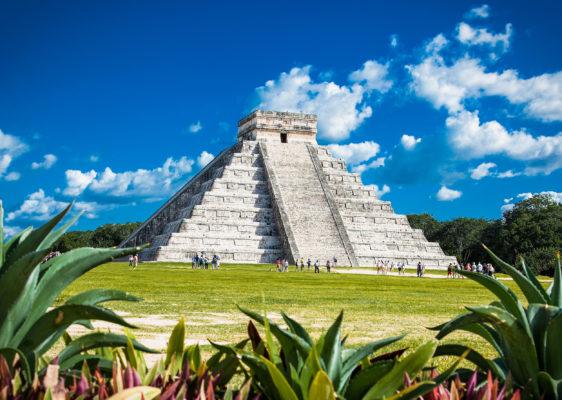 Mexiko chichen Itza Frontal