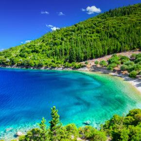 Traumurlaub auf Korfu: 8 Tage mit eigener Villa, Pool & Meerblick nur 15€ p.P.