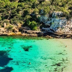 Urlaub über's Wochenende: 5 Tage Mallorca mit gutem 3* Hotel, Halbpension & Flug um 207€