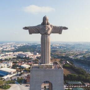 Lissabon Frühbucher: 3 Tage Städtetrip mit zentraler Unterkunft & Flug nur 85€
