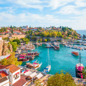 Langes Wochenende in der Türkei: 4 Tage Alanya im TOP 5* Hotel mit All Inclusive, Flug & Transfer für 244€