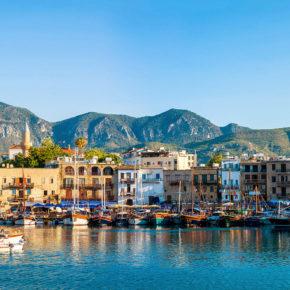 Inselurlaub: 8 Tage Zypern im zentralen 3* Hotel mit Flug nur 144€