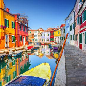 Glasklares Wasser in Venedig & Delfine in Sardiniens Häfen: Positive Auswirkungen des Coronavirus