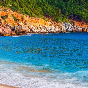 Türkei: 7 Tage im 4* Hotel am Strand mit All Inclusive, Flug & Transfer um 197€