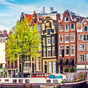 Festival of Lights in Amsterdam: 3 Tage Städtetrip im TOP 4* Hotel mit Flug um 133€