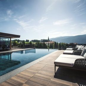 Wellness: 3 Tage Südtirol im TOP 4.5* Hotel mit Verwöhnpension, Sauna & Panoramapool ab 179€
