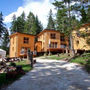 Luxus in Südtirol: 3 Tage im TOP Holz-Chalet mitten in der Natur mit Frühstück & Wellness nur 149€